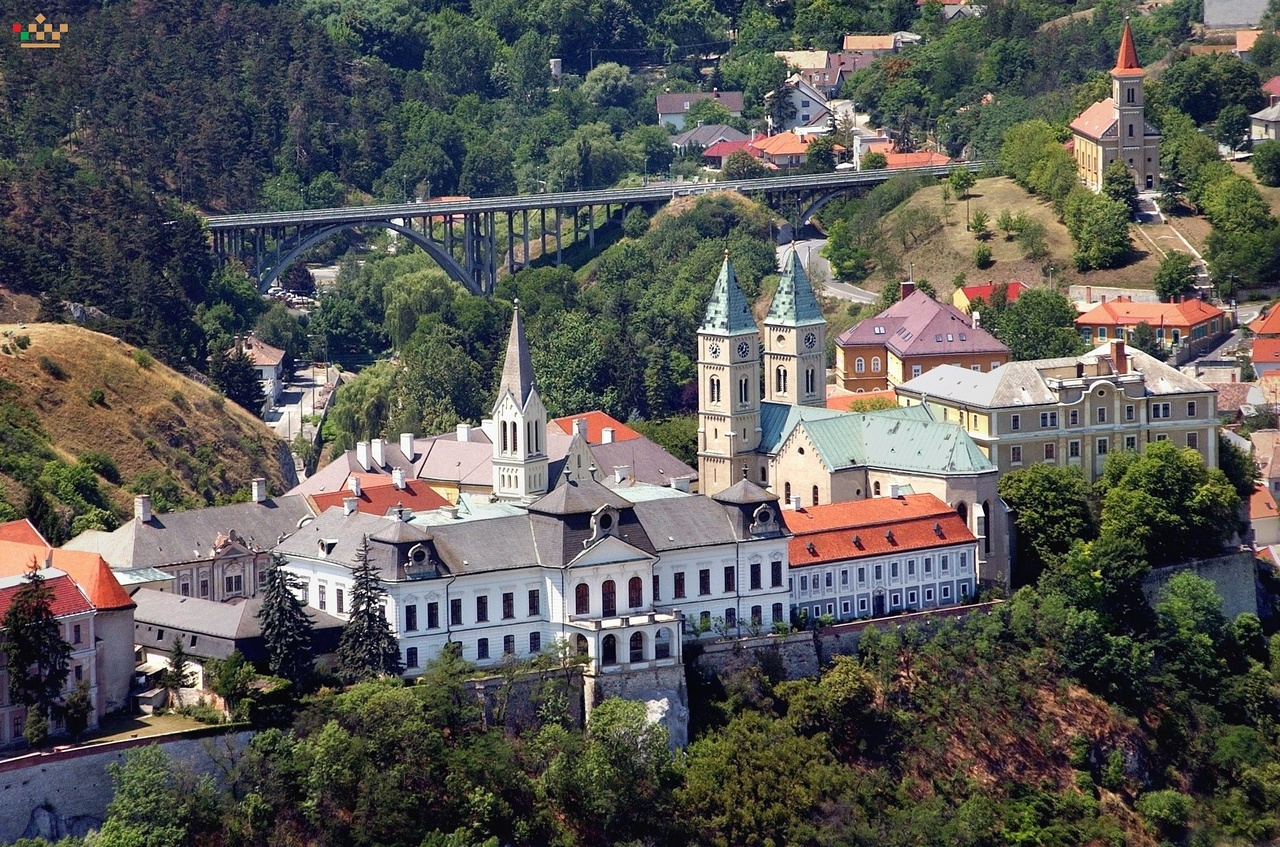 Debrecen és Győr is pályázott  Veszprém lesz 2023-ban Európa magyar kulturális  fővárosa 653f979c2b